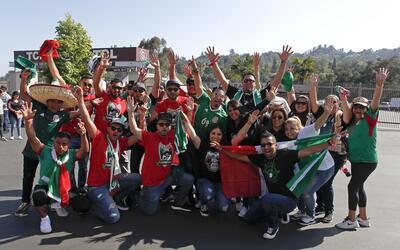 La afición en Pasadena respondió a la Selección Mex...