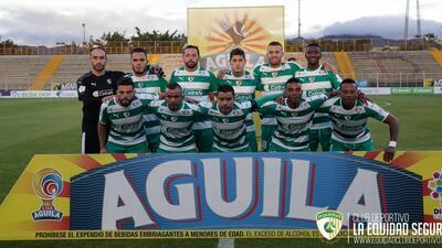 Equipo colombiano reconoce a Santos Laguna por medio de su uniforme