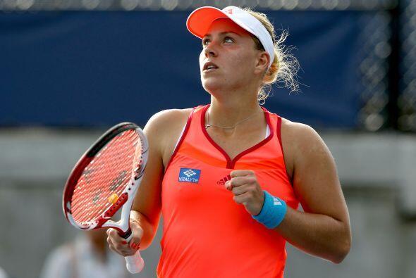 La alemana Angelique Kerber derrotó a Flavia Pennetta(ITA)[26]6-4, 4-6,...