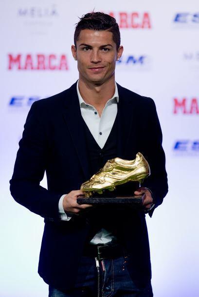 El delantero portugués del Real Madrid recibió en noviembre el trofeo de...