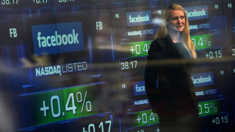 La salida a Bolsa de Facebook se convirtió en la más grande para una emp...