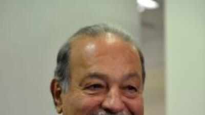 El multimillonario mexicano elevó su fortuna a$73 mil millones en sólo...
