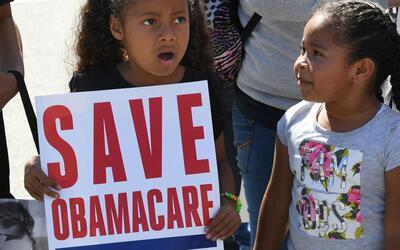Beneficiarios de Obamacare explican por qué se oponen a la derogación