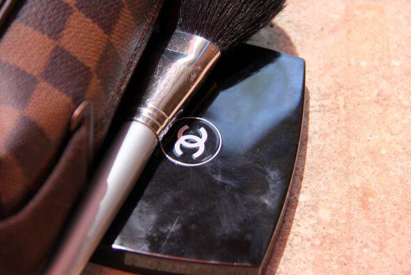 maquillaje Chanel…