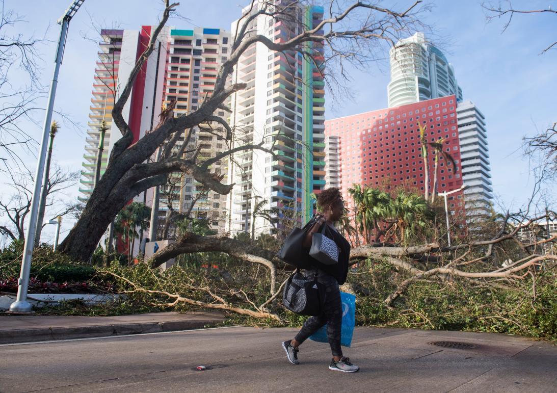Una foto del distrito financiero de Miami después del paso de Irma.