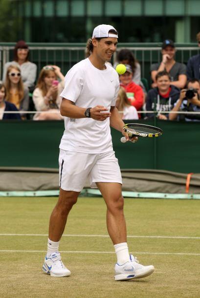 El español Rafael Nadal entrenó poco más de una hor...