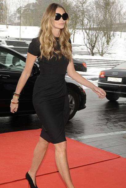 La super-modelo australiana Elle Macpherson paralizó a los presentes con...