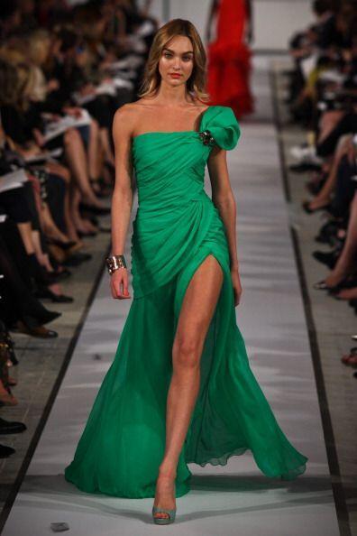 Candice Swanepoel fue una de sus musas cuando presentó su colección del...