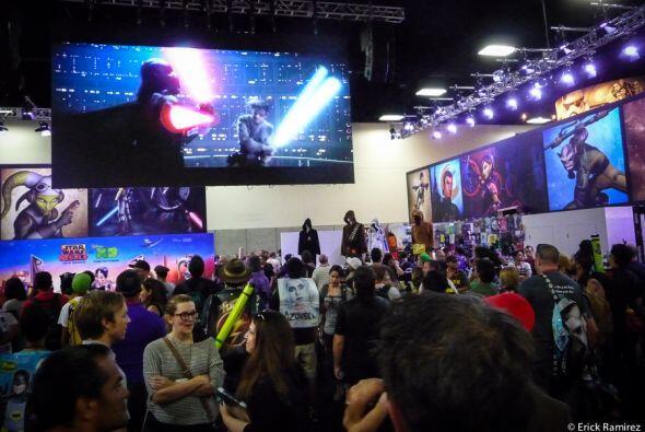 Los fanáticos de los cómics se reunieron por cuatro días en la convenció...