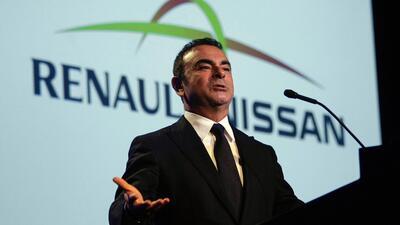 Presidente de la junta directiva de Nissan arrestado por malversación financiera