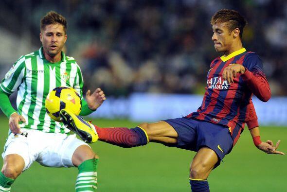 Barcelona se metió al estadio Ruiz de Lopera para enfrentar al Betis, un...