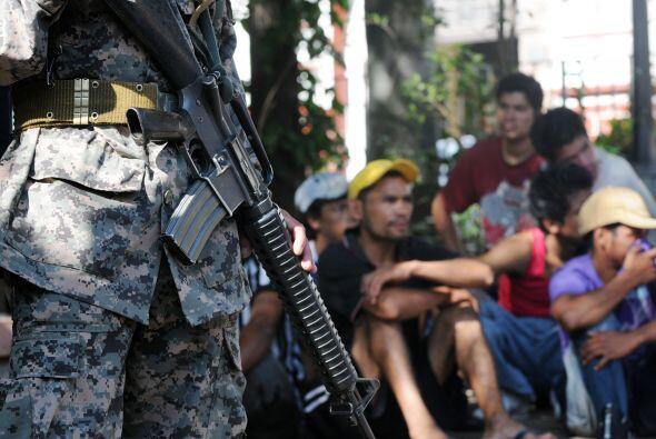 La organización también detalló que las armas de fuego son el instrument...