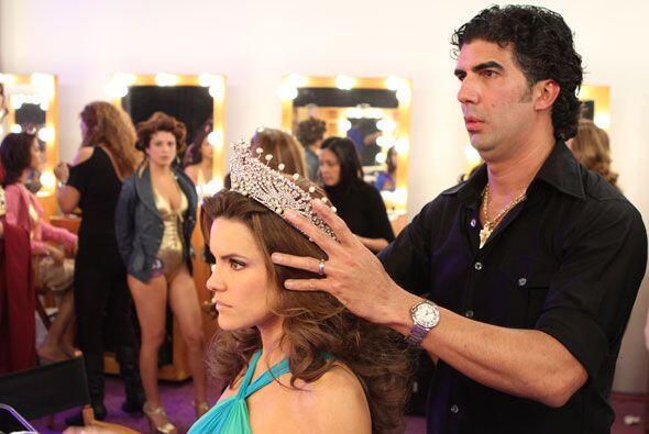 Nuestra Belleza Latina 2009, Greidys Gil, mostró diversos 'looks' en cad...