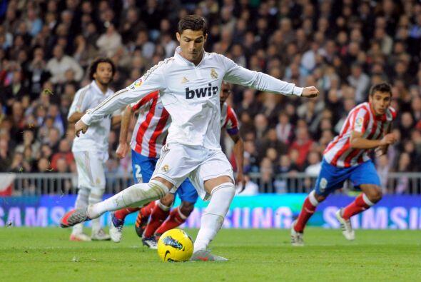 Un gol suyo le dio a los merengues la Copa del Rey y en la Liga logró ba...