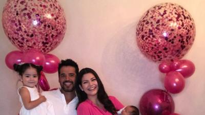 Entre flores y globos rosados, Ana Patricia disfrutó de un hermoso festejo familiar (fotos)