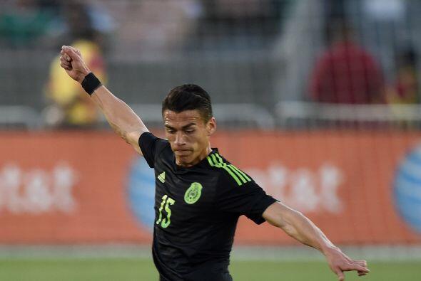 Junto a Rafa en la central estará Héctor Moreno, un defensa que goza de...