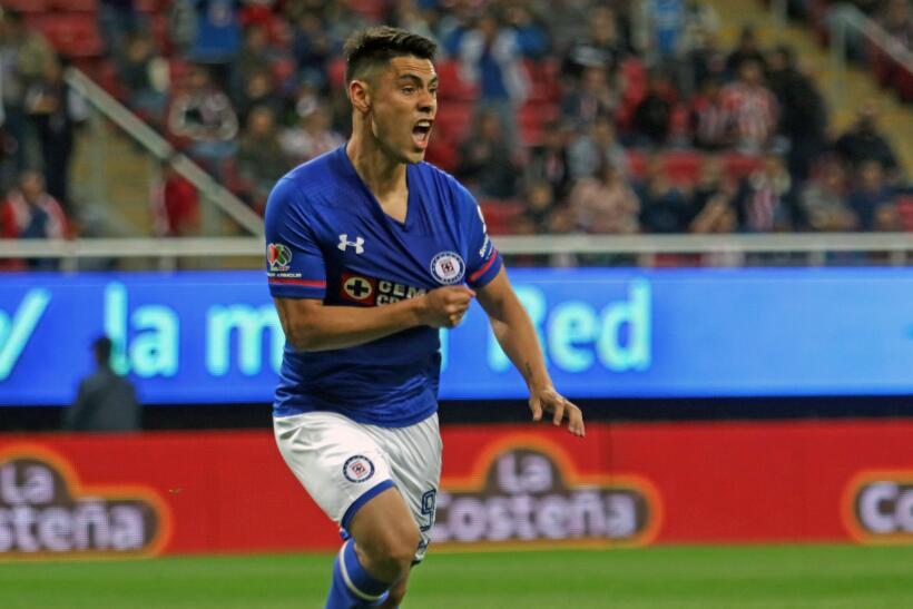 Cruz Azul venció 3-1 a Chivas en la fecha 2 del Clausura 2018 primer-gol...