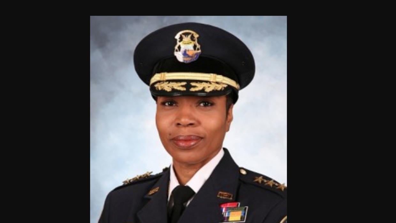 Ulysha Renee Hall viene de la policía de Detroit