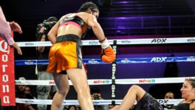''Rusita'' Rivas derrotó a Ramadan (Foto: Canelo Promotions).