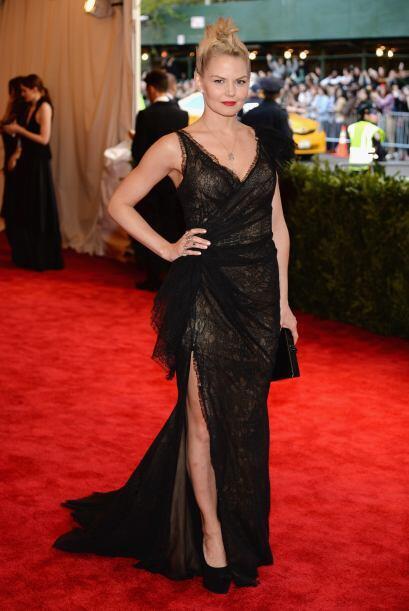 Una de nuestras favoritas fue Jennifer Morrison, quien se enfundó en un...