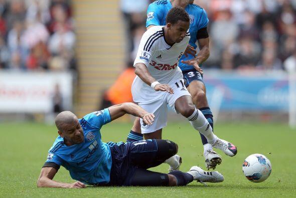 Swansea City festejó en su cancha ante el West Bromwich..