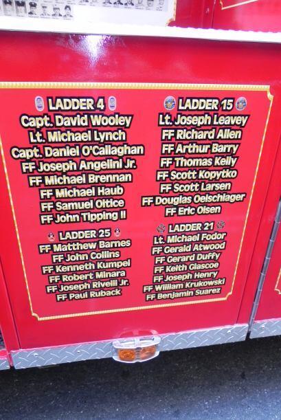 Carro bombero recuerda a sus caídos el 9/11 08e9d7f8ad304b3eacac3df84a1d...