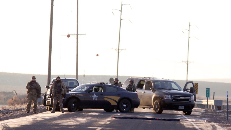 Alcabala policial en Oregon, cerca del refugio