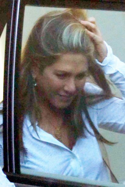 Jennifer sigue comprometida y el anillo está a salvo.