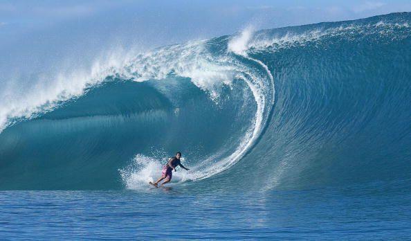 TOWO SURFING: En general la práctica de desafiar olas ha reportado vario...