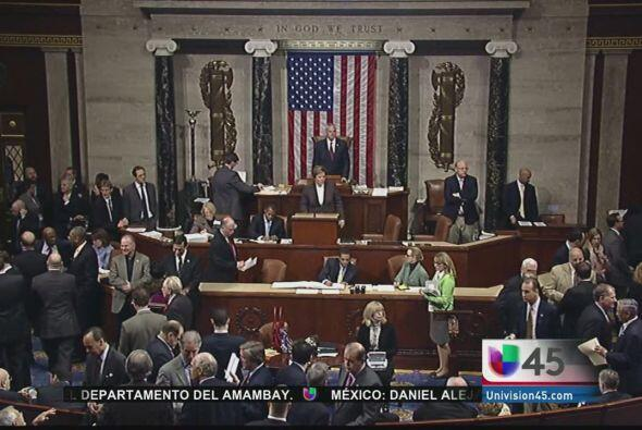 Varios senadores están pidiendo ahora que la reforma migratoria se discu...