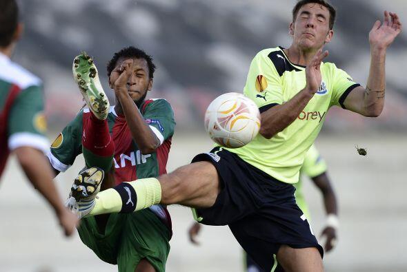 Maritimo de Portugal y el Newcastle inglés no pasaron del empate 0-0.