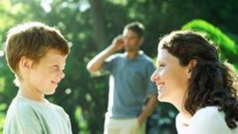 Madre soltera y consiguió un novio problemático 46edd79c28574445adad15e1...