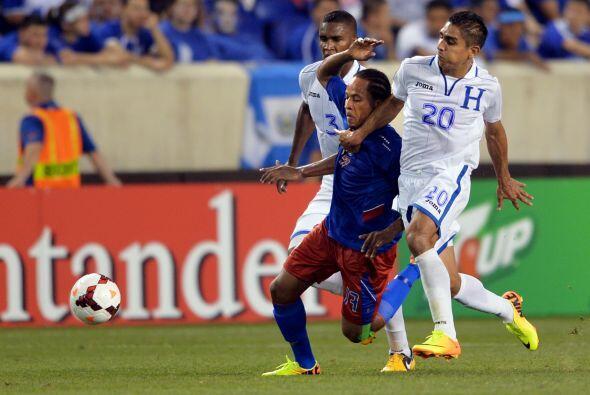 Haití y Honduras cerraron la actividad de la primera jornada del Grupo B...