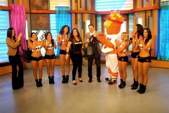 Las bailarinas de los Miami Heat llegaron a Despierta América para albor...