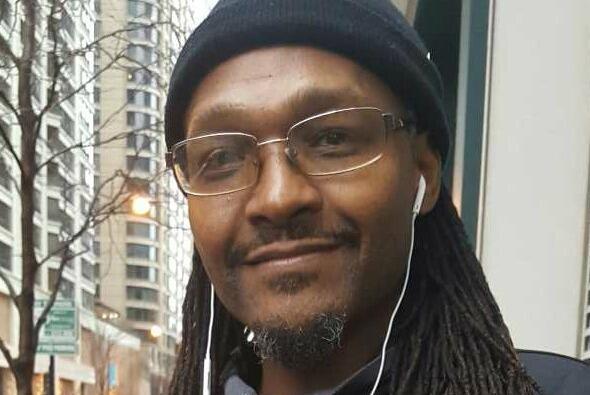 Residentes de Chicago califican el legado de Obama