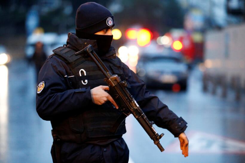 """Las autoridades calificaron de """"ataque terrorista"""" el suceso y..."""