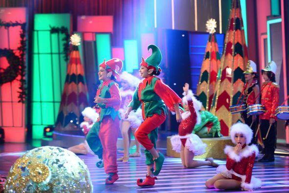 No pararon de bailar y sonreír para todo el público que las vió.