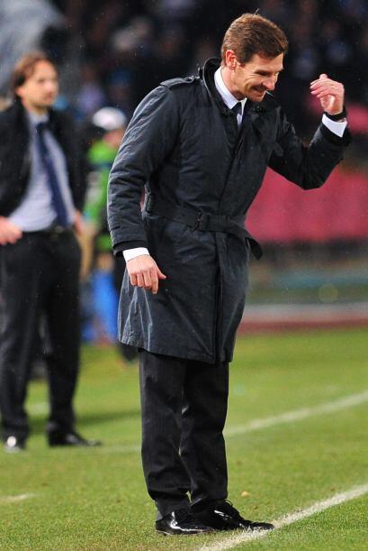 Villas-Boas tomaba este gol como oxígeno puro para una eliminator...