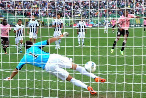 Un penalti fue marcado en favor del Palermo.