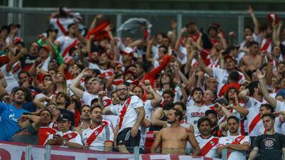 Cuando el fútbol es lo menos importante: cambia su boleto de la superfinal por un empleo