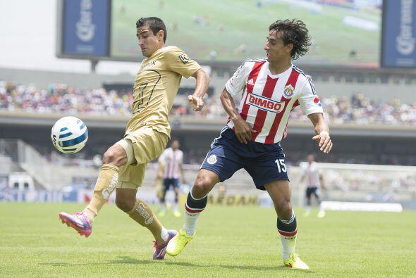 El mejor fútbol de las Chivas fue gracias al ritmo que imponía Arce en m...