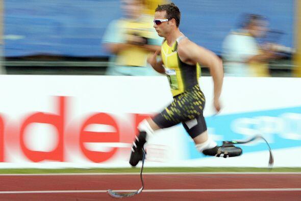 Estudios iniciales determinaron que gracias a sus prótesis, Pistorius ga...
