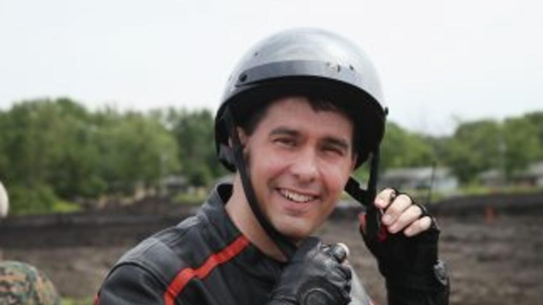 Scott Walker es una fanático de las motocicletas.