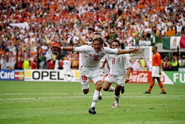 Nuevamente México tuvo que venir de atrás, ya que Holanda ganaba 2-0 ant...