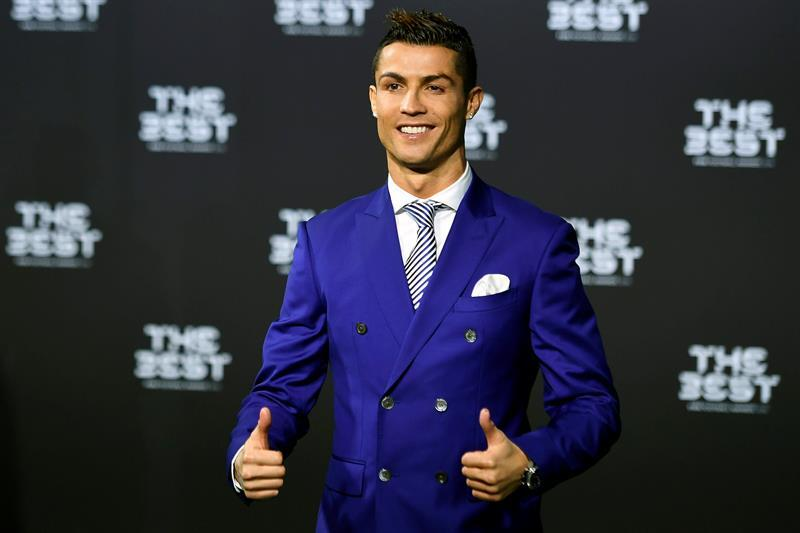 Cristiano Ronaldo se llevó el primer premio The Best a Mejor Jugador del...