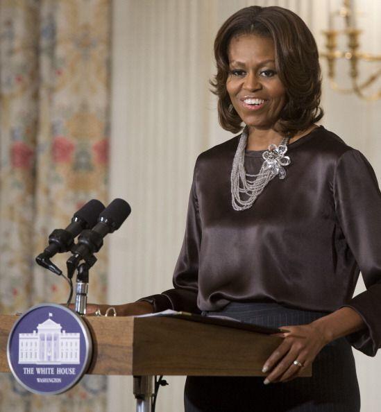 Michelle Obama está constantemente ante las cámaras y micrófonos, y por...