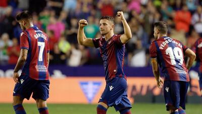 Real Sociedad y Carlos Vela fueron goleados por el Levante 6364163504134...
