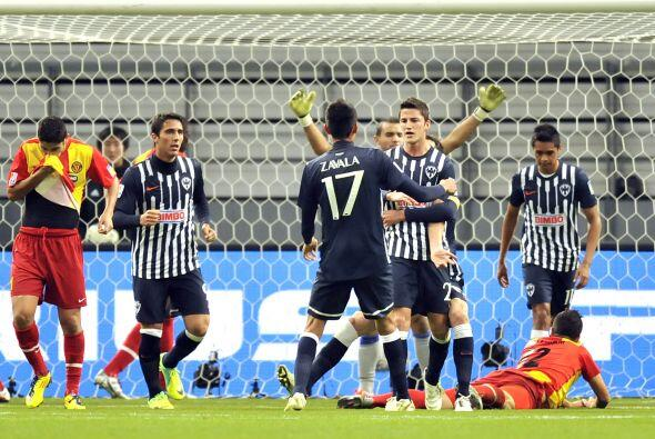 Monterrey debutó en el Mundial de Clubes del 2011 con más pena que glori...