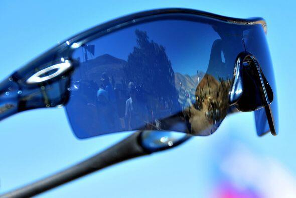 Los lentes que fueron usados por los mineros al salir a la superficie, s...