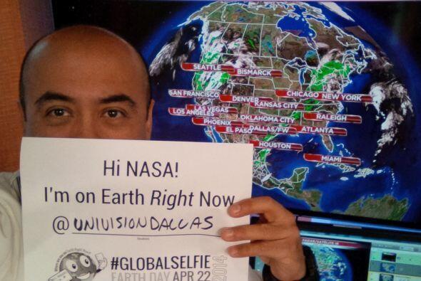 Y desde Univision Dallas esta #GlobalSelfie.